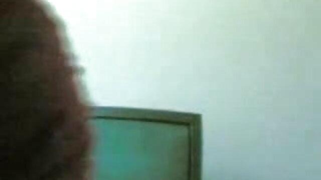 দ্বৈত মেয়ে বাংলা xxx download ও এক পুরুষ