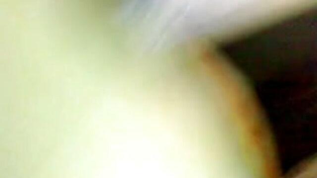 সুন্দরী বাংলা xnxx video com বালিকা