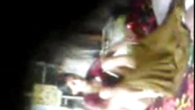 বড়ো মাই পোঁদ বাংলা নাইকাদের xxx video জোড়া বাঁড়ার চোদন