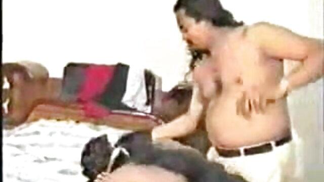 আমি একটি আফ্রিকান দেখার জন্য একটি বৃহদায়তন জার সাথে যোগাযোগ video xxx বাংলা